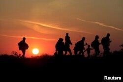 طی روزهای گذشته دهها هزار پناهجو از مرزهای جنوبی وارد مجارستان شدهاند که هدف عمده آنها حرکت از این کشور به سوی آلمان و دیگر کشورهای غرب اروپا است