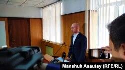 Представитель партии «Нур Отан» Станислав Конкуров. Алматы, 1 октября 2019 года.