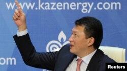 Қазақстандағы ең бай адамдардың бірі, Қазақстан президенті Нұрсұлтан Назарбаевтың күйеу баласы Тимур Құлыбаев.