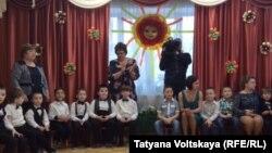 Детский утренник в начальной школе – детском саду №687 Санкт-Петербурга