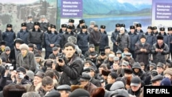 Митинг памяти жертв Декабрьских событий. Алматы, 17 декабря 2009 года.
