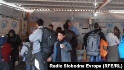 Мигранти на граничниот премин Табановце