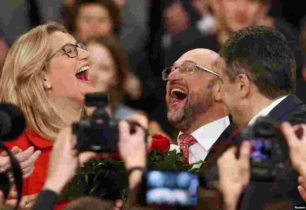 Martin Schulz reacts after he was elected the new leader of Germany's Social Democratic Party in Berlin on March 19. (Reuters/Fabrizio Bensch)