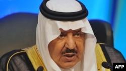 Найеф бин Абд әл-Азиз, Сауд Арабиясының ішкі істер министрі қызметінде отырған кезінде. Мекке, 1 қараша 2011 жыл