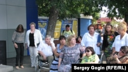 Инвалиды ждут губернатора