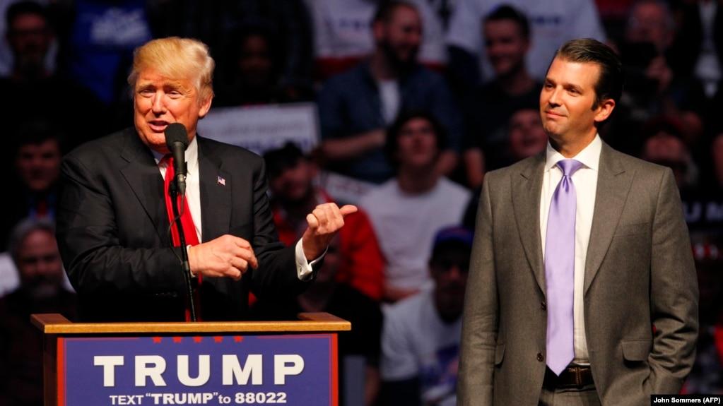U.S. President Donald Trump (left) and his son Donald Trump Jr. (file photo)