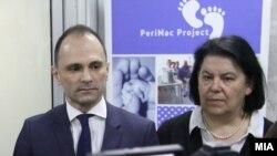 Министерот за здравство Венко Филипче во посета на Детската клиника