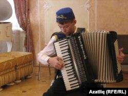 Булат Исхаков