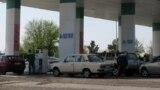 Заправка на трассе Ашхабад-Мары, Туркменистан
