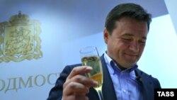Андрей Воробьев празднует победу на выборах губернатора Московской области