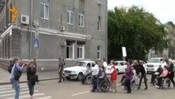 Иркутск. Митинг инвалидов-колясочников
