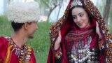 Российские звезды поздравляют туркменских женщин с 8 Марта