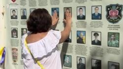 Ukrainians Remember Troops Killed In 2014 Ilovaisk Battle