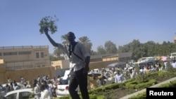 Студенческая антиправительственная демонстрация в Хартуме