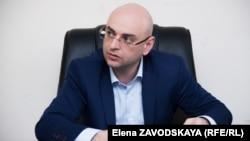 По словам Аслана Басария, на территории Абхазии запрещен майнинг в сетях РУП «Черноморэнерго»