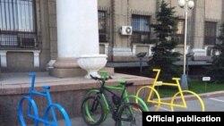 Бишкек мэриясынын алдындагы велотоктотмо, 20-апрель.