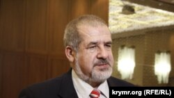 Qırımtatar Milliy Meclisiniñ reisi Refat Çubarov