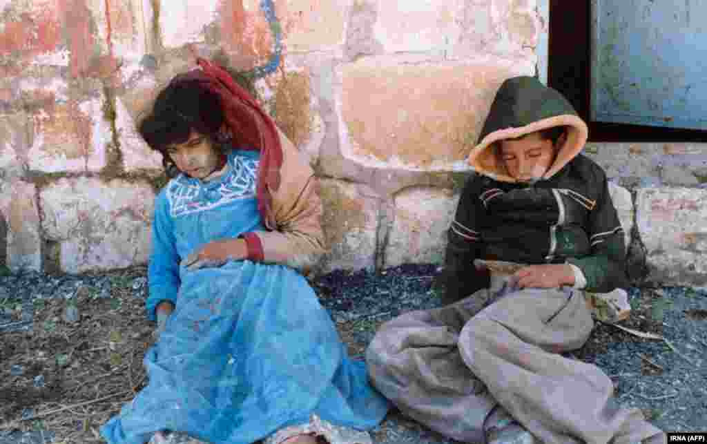 Two Kurdish children killed by an Iraqi chemical weapons attack on the Iraqi city of Halabja on March 16, 1988. (IRNA)