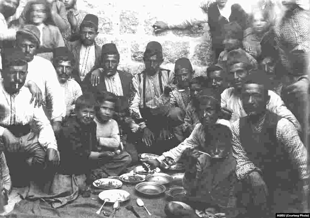 Armenian deportees in the barracks' refugee camp (undated)