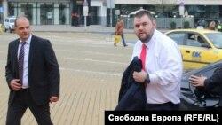 Делян Пеевски при едно от редките си посещения в Народното събрание