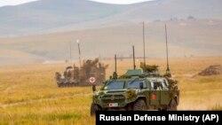 Лицом к событию. Путин готовит большую войну?
