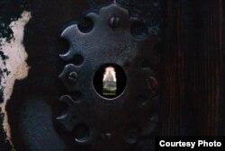 Ватикан: взгляд через замочную скважину