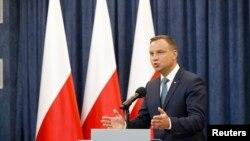 Президент Польщі Анджей Дуда оголошує про вето щодо суперчливих законопроектів, Варшава, 24 липня 2017 року