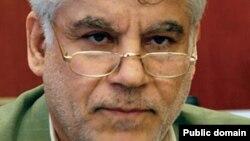 محمود بهمنی، رئیس کل بانک مرکزی ایران.