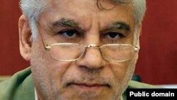محمود بهمنی، رئیس کل بانک مرکزی.