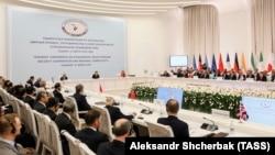 Участники международной конференции по Афганистану в Ташкенте. 27 марта 2018 года.