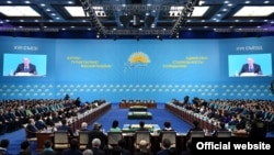 """На съезде партии """"Нур Отан"""". Астана, 29 января 2016 года."""