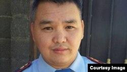 Жұмыстан шығарылғанын айтқан байқоңырлық полицей Алмаз Тұрғанбаев. Сурет Тұрғанбаевтың жеке архивінен алынды.