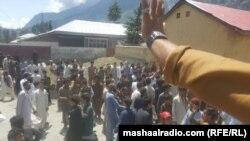 کالام کې ولس د پوځ او بولیس ضد راوتی دی. ۲۸م جولای ۲۰۱۶
