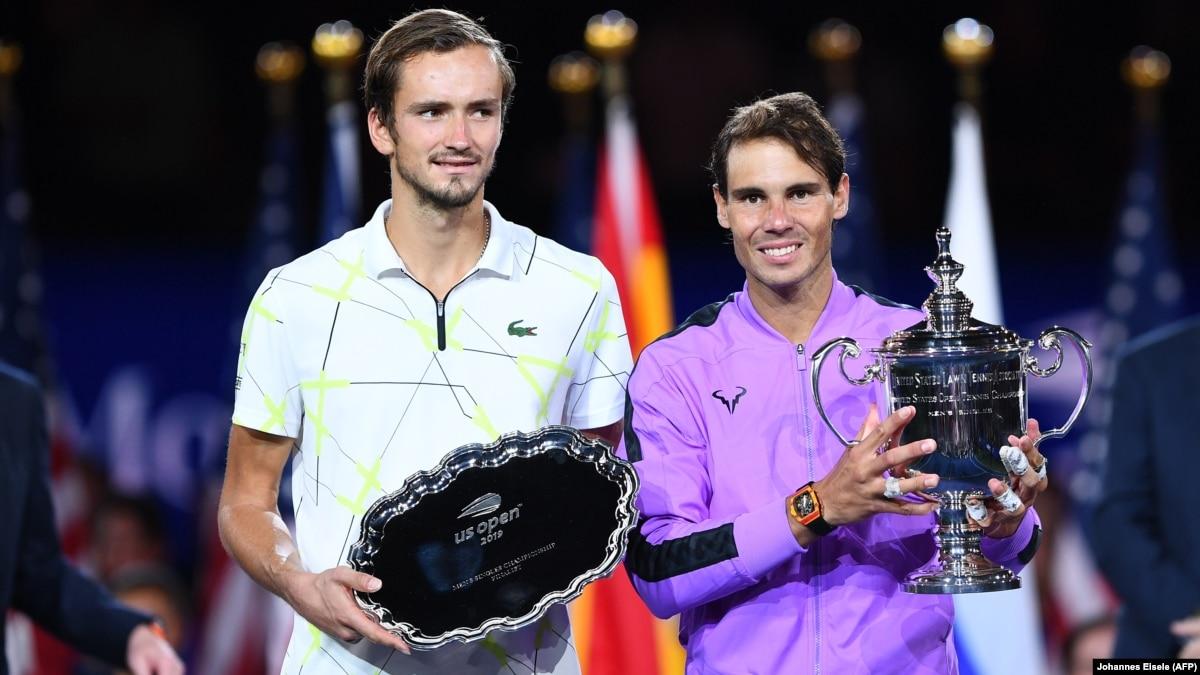 Теннис: Надаль переиграл россиянина в пятисетовом финале US Open