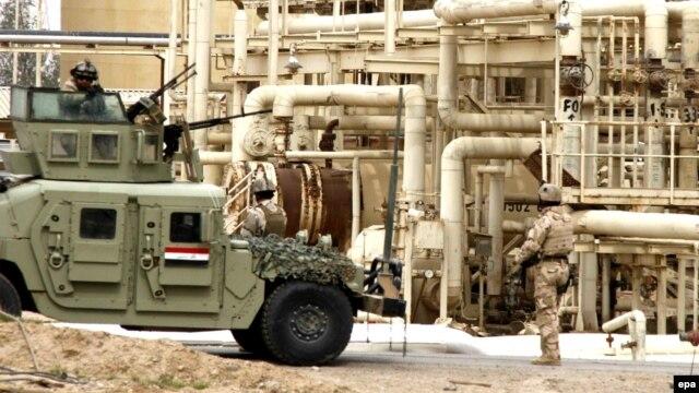 نبردها برای بازپسگیری کامل بیجی، بزرگترین پالایشگاه عراق، هفتههاست ادامه دارد