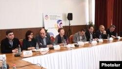 Ընտրական օրենսգրքի շուրջ քննարկում Երևանում