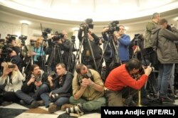 Prema ovogodišnjem izveštaju, Srbija je pala za deset mesta na listi medijskih sloboda, sada je na 76. mestu od ukupno 180 ispitanih zemalja