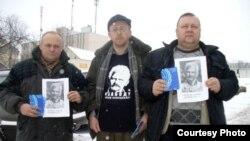 Віктар Сазонаў, Раман Юргель і Уладзімір Хільмановіч, архіўнае фота