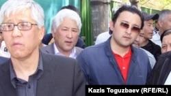 Жители Алматы. Иллюстративное фото.