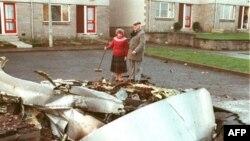 Унижение за унижение. Остатки американского самолета на улицах Локерби в декабре 1988 года