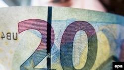 20 avroluq banknot
