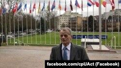 Лидер крымских татар и уполномоченный президента Украины Петра Порошенко по делам крымско-татарского народаМустафа Джемилев.