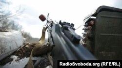 Замість снайперських патронів стріляти доводиться кулеметними – бійці
