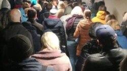 """Время Свободы: Толпы в метро: """"Две недели карантина - коту под хвост"""""""