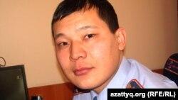 Алмат Иманғалиев, Ақтөбе облыстық ІІД баспасөз қызметінің бастығы. Ақтөбе, 23 қараша 2011 жыл.