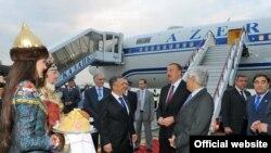 Официальная делегация Азербайджана прибыла в Казань, 23 июня 2011