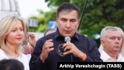 Михаил Саакашвили на митинге своих сторонников в Одессе