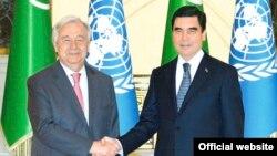 Prezident Gurbanguly Berdimuhamedow BMG-nyň Baş sekretary Antoniu Guterriş bilen duşuşdy. TDH-nyň fotosuraty.
