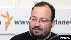 Станислав Белковский в студии Радио Свобода.
