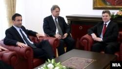 Неодамнешната средба меѓу претседателот Иванов и американскиот заменик државен секретар Филип Гордон